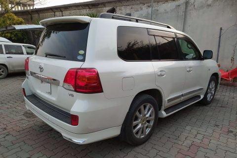 Toyota Land Cruiser V8 2UZ